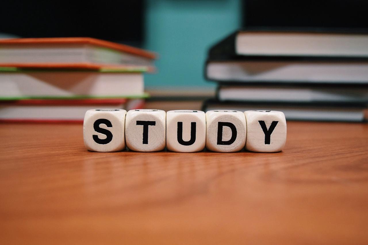 勉強のイメージ写真